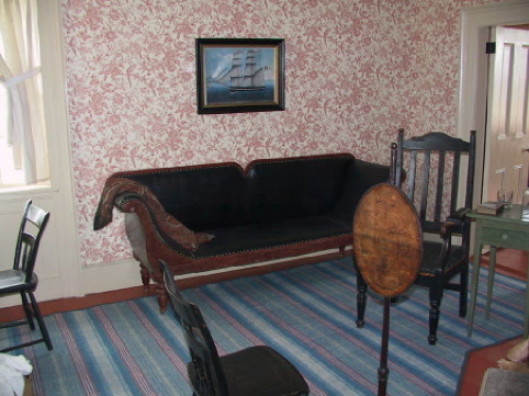 Old Style Day bed for a nap